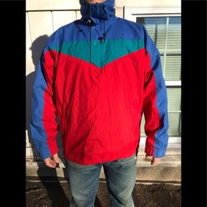 VTG. The North Face windbreaker! Clean!